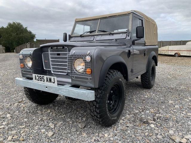 A vintage Series 3 Land Rover in Stornoway Grey
